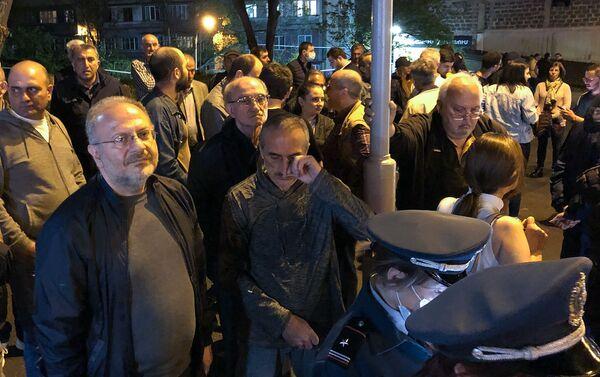 Բողոքի ակցիա Նիկոլ Փաշինյանի առանձնատան ճանապարհին - Sputnik Արմենիա