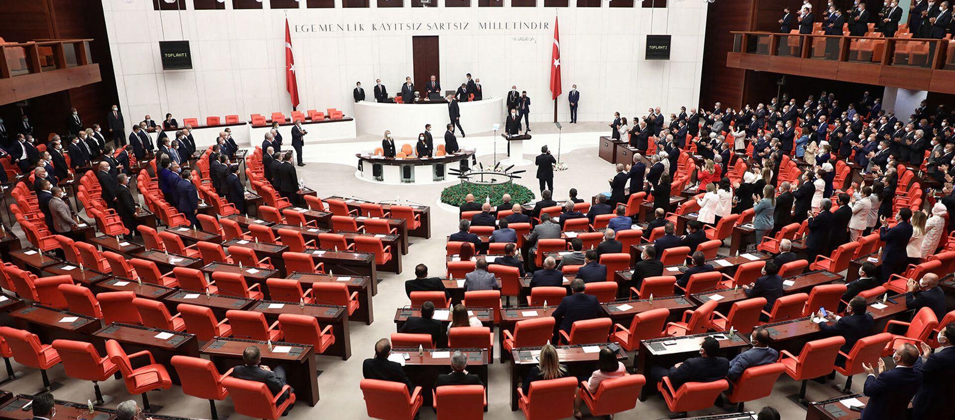 Заседание четвертой законодательной сессии турецкого парламента (1 октября 2020). Анкара - Sputnik Армения, 1920, 25.08.2021