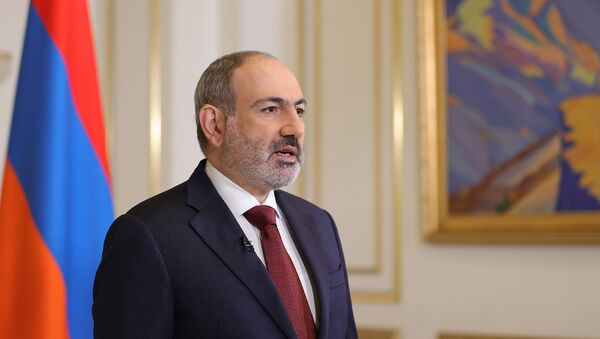 Обращение премьер-министра Никола Пашиняна в прямом эфире о своей отставке (25 апреля 2021). Еревaн - Sputnik Армения