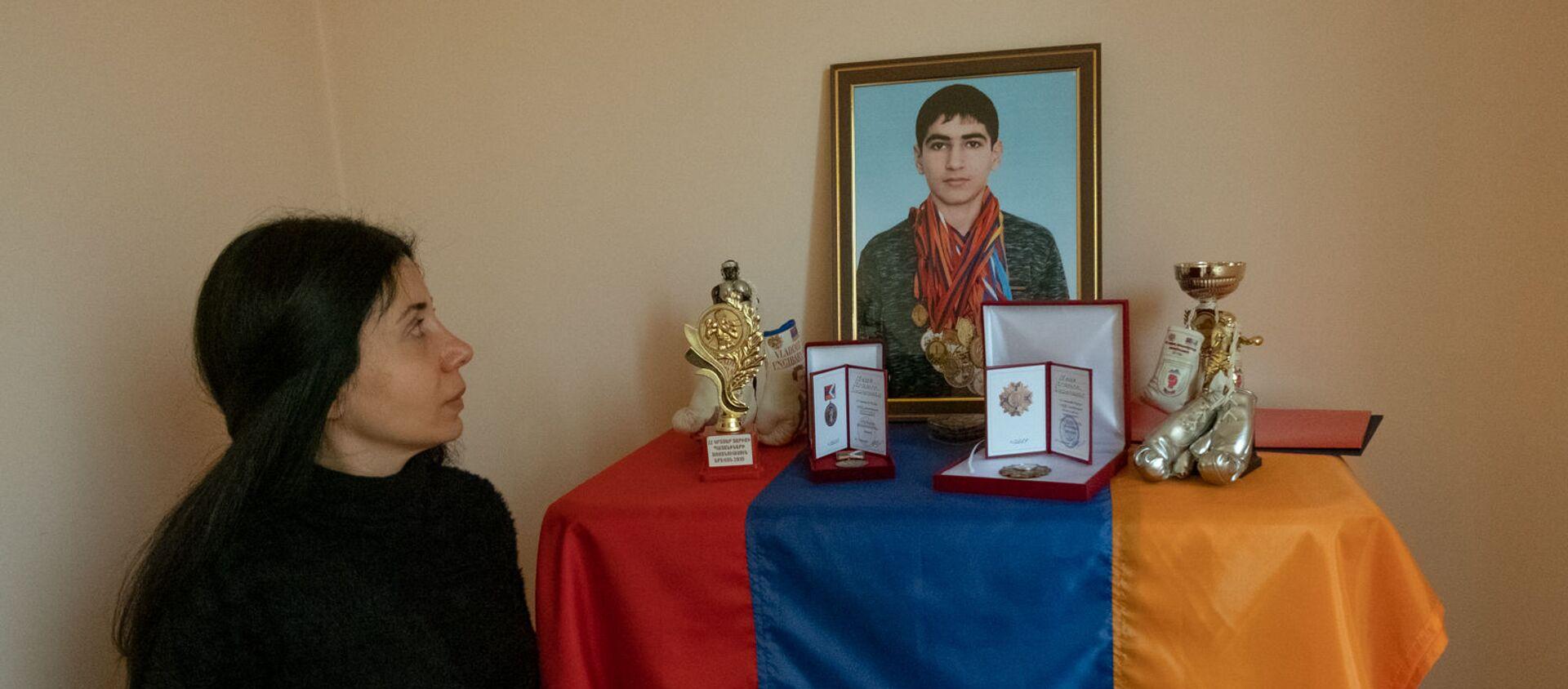 Мариам, тетя погибшего в карабахской войне экс-чемпиона Армении по боксу Авага Назаряна - Sputnik Արմենիա, 1920, 26.04.2021