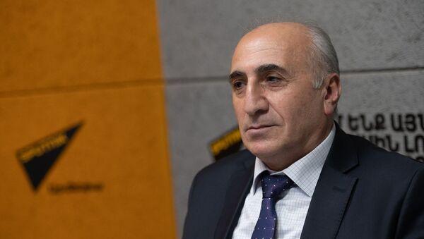 Экономист Атом Маргарян в гостях радио Sputnik Армения - Sputnik Արմենիա