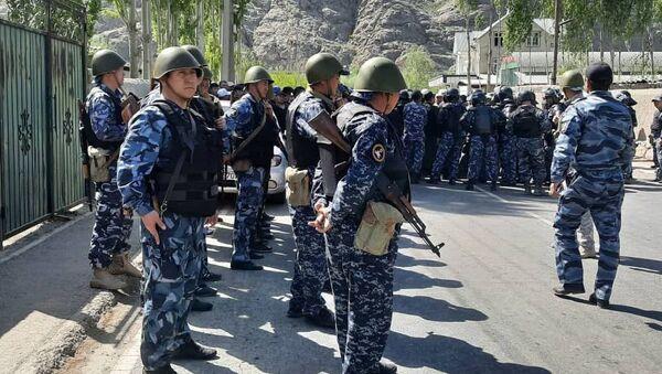 Военные Кыргызстана на границе с Таджикистаном - Sputnik Армения