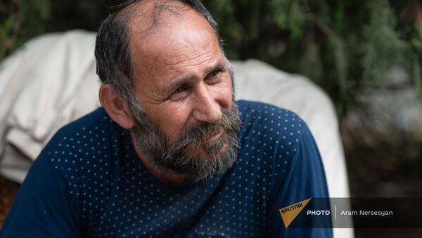 Житель Мартакертского района Карабаха сириец Акоп Кошкарян  - Sputnik Արմենիա