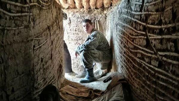 Погибший в карабахской войне 20-летний Гор Аветикян в дни войны - Sputnik Армения
