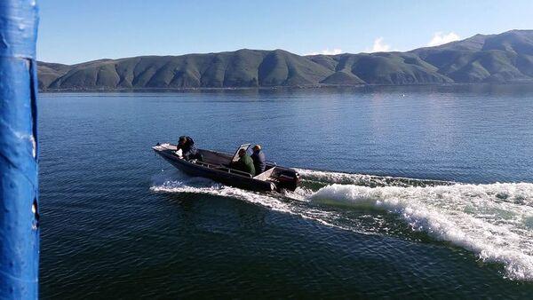Сотрудники безопасности Нацпарка Севан выявили браконьеров на территории озера - Sputnik Արմենիա