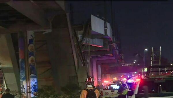 Мост в Мехико рухнул вместе с поездом метро - Sputnik Армения