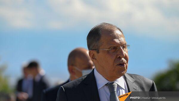 Глава МИД России Сергей Лавров (6 мая 2021). Еревaн - Sputnik Армения