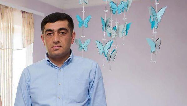 Майор Лендруш Хачатрян с сыновьями - Sputnik Армения