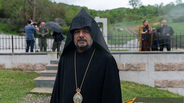 Предводитель Арцахской епархии ААЦ епископ Вртанес Абрамян - Sputnik Армения