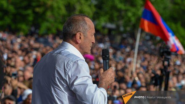 Роберт Кочарян выступает на митинге (9 мая 2021). Еревaн - Sputnik Արմենիա