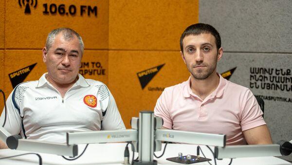 Гимнаст Артур Давтян и тренер Акоб Серопян в гостях радио Sputnik - Sputnik Արմենիա