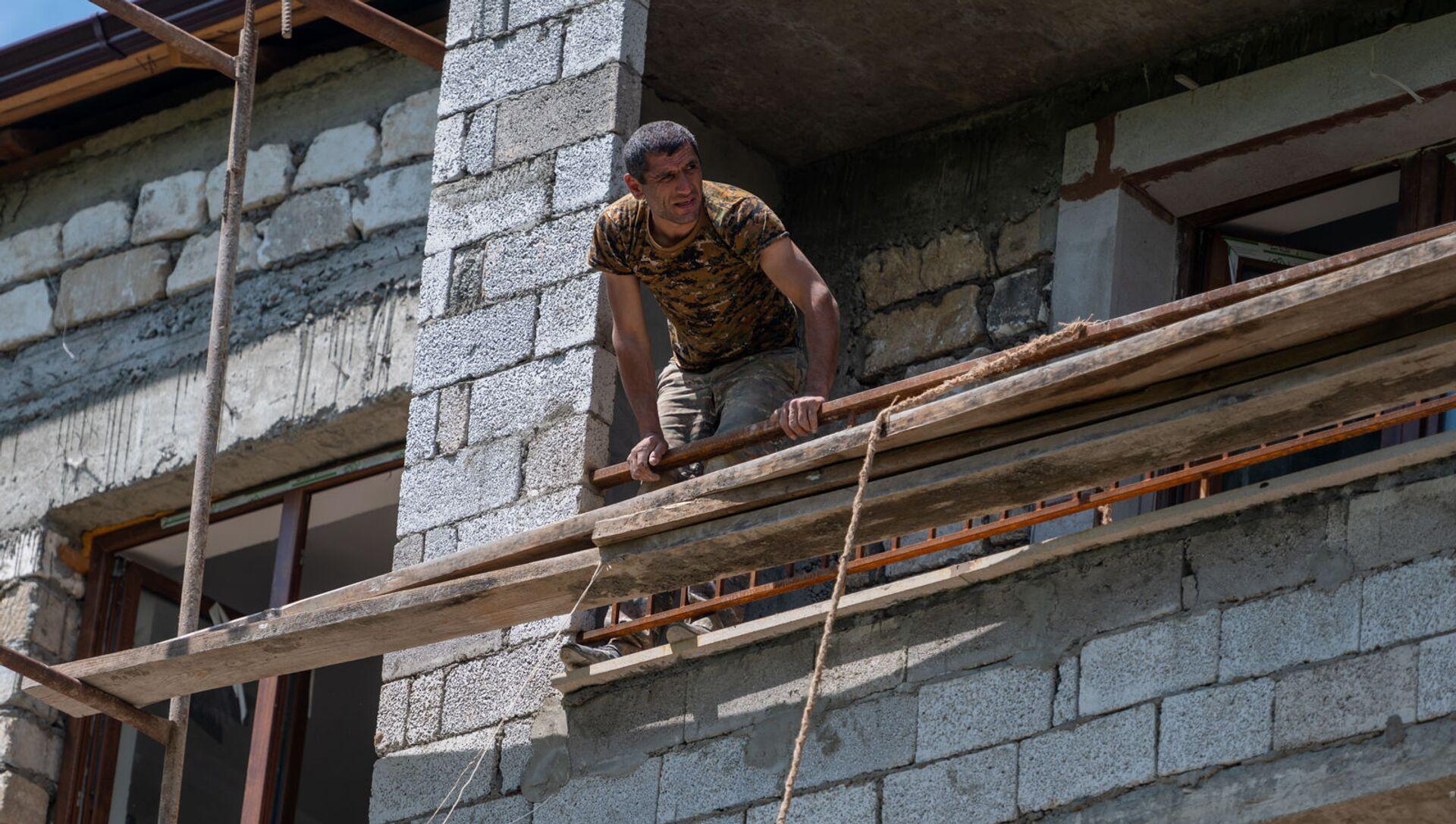 Строительство в селе Кармир Шука - Sputnik Արմենիա, 1920, 29.07.2021