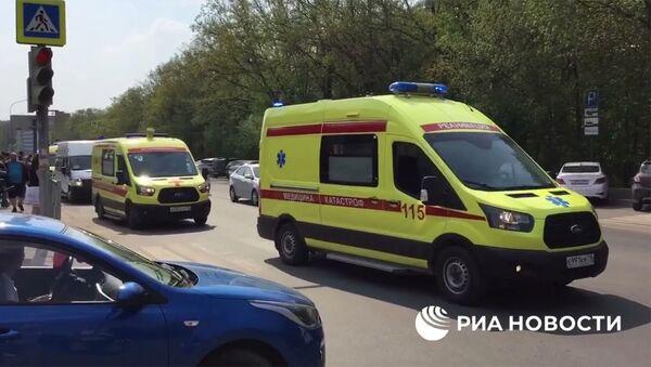 Пострадавших при стрельбе в казанской гимназии детей доставят на лечение в Москву - Sputnik Армения