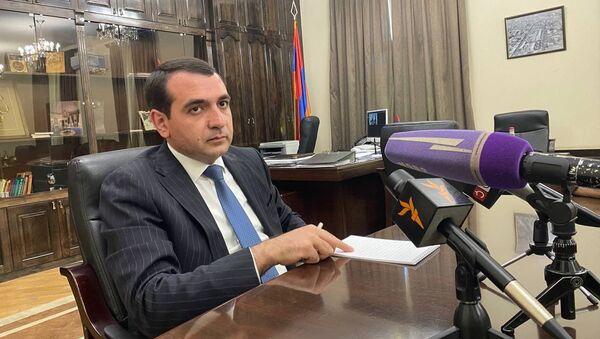 Губернатор Ширакской области Арутюн Ованнисян - Sputnik Արմենիա