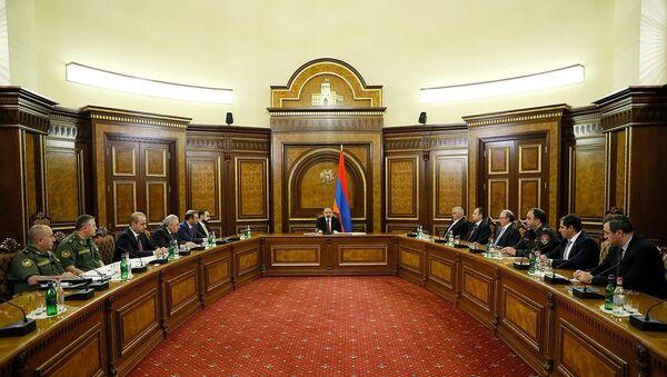 И.о премьер-министра Никол Пашинян проводит заседание Совета безопасности (12 мая 2021). Еревaн - Sputnik Արմենիա