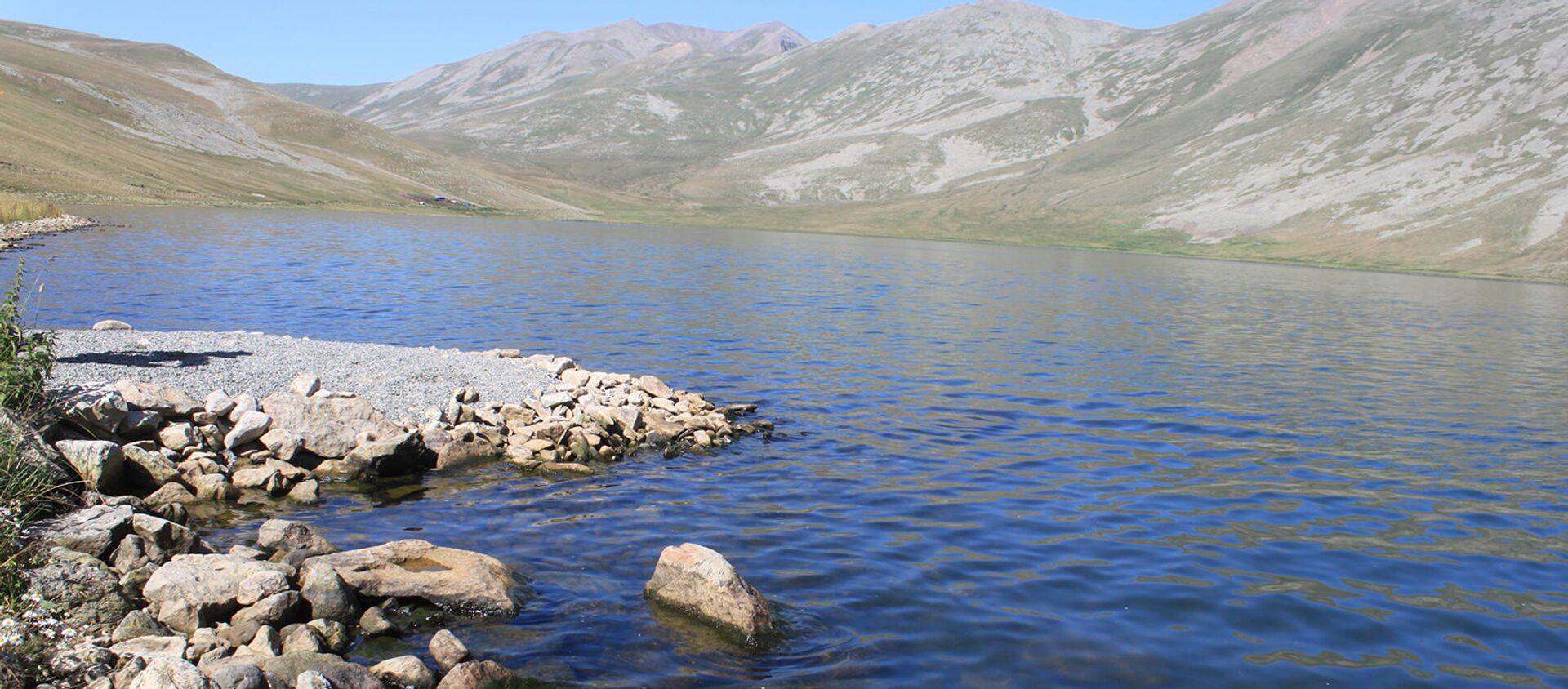 Озеро Сев Лич - Sputnik Արմենիա, 1920, 13.09.2021
