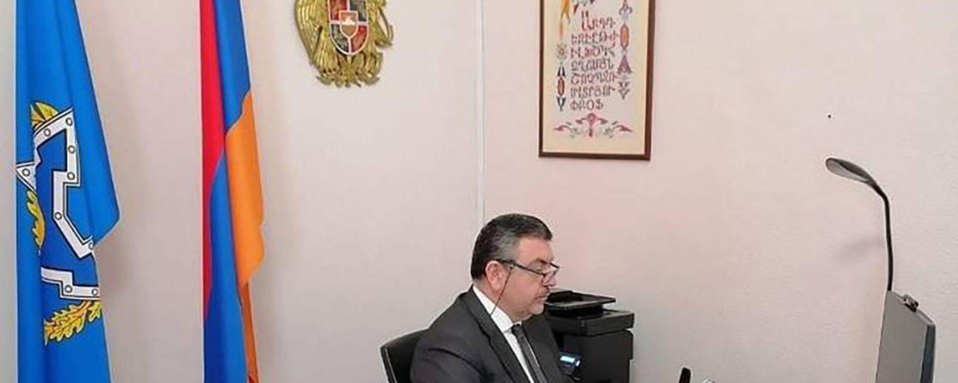 Постоянный представитель РА при ОДКБ Виктор Биягов - Sputnik Армения, 1920, 12.10.2021