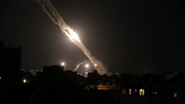 Ракеты, запущенные палестинскими боевиками по Израилю (13 мая 2021). Газа - Sputnik Արմենիա
