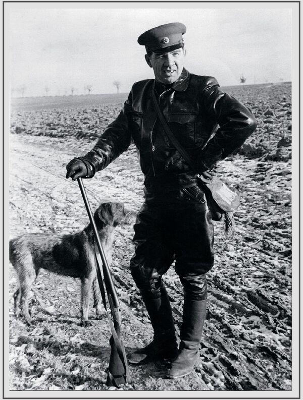 Խորհրդային Միության մարշալ, Խորհրդային Միության կրկնակի հերոս Վասիլի Չույկովը 1950-ականներին Գերմանիայում  - Sputnik Արմենիա