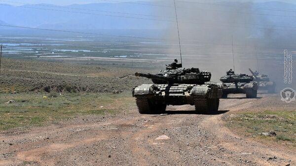 Тактические учения армянской армии с участием различных подразделений  - Sputnik Армения