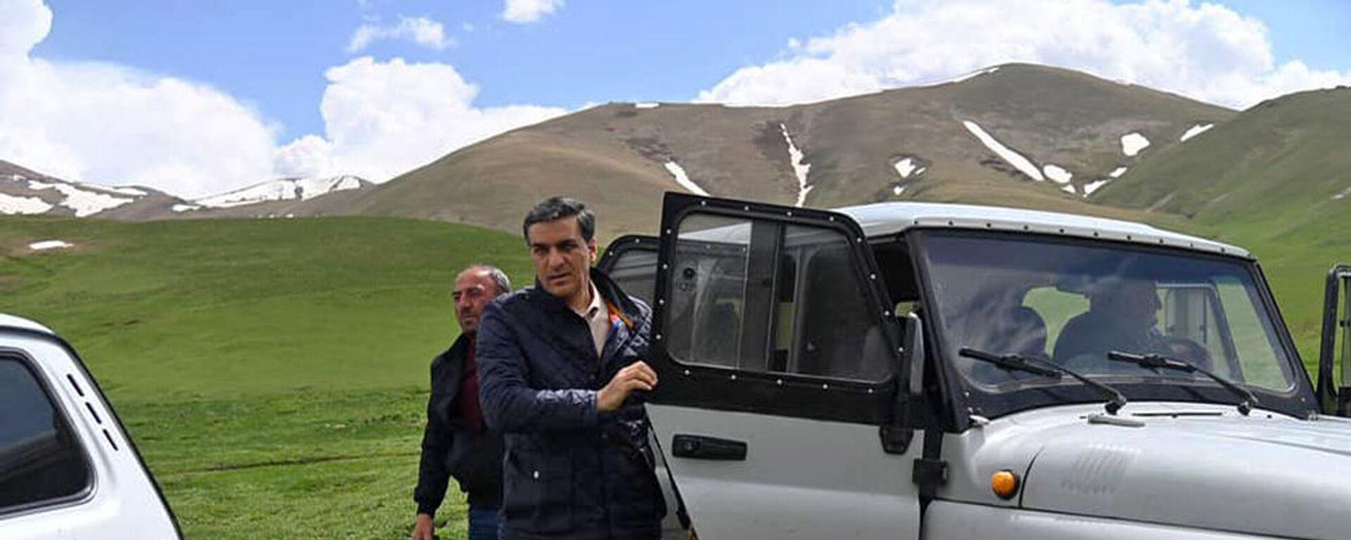 Омбудсмен Арман Татоян посетил с рабочим визитом Гегаркуникскую область (15 мая 2021). Гегаркуник - Sputnik Армения, 1920, 10.06.2021