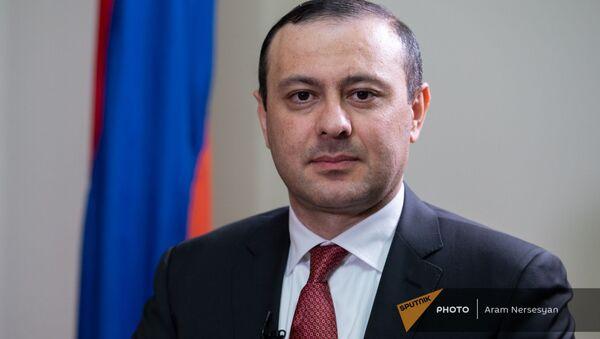 Секретарь Совета безопасности Армении Армен Григорян во время интервью агентству Sputnik Армения - Sputnik Արմենիա