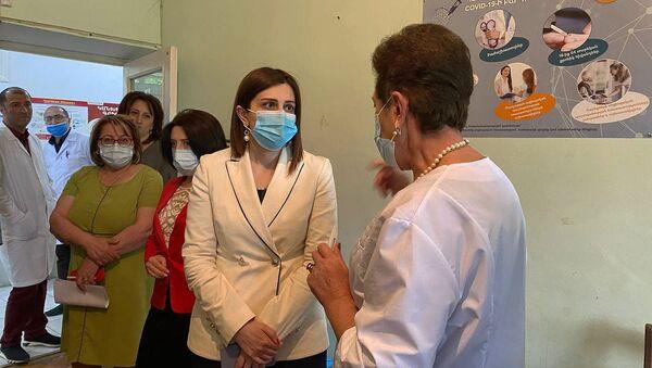 И.о. министра здравоохранения Анаит Аванесян посетила Ширакскую область с рабочим визитом (19 мая 2021). Гюмри - Sputnik Армения