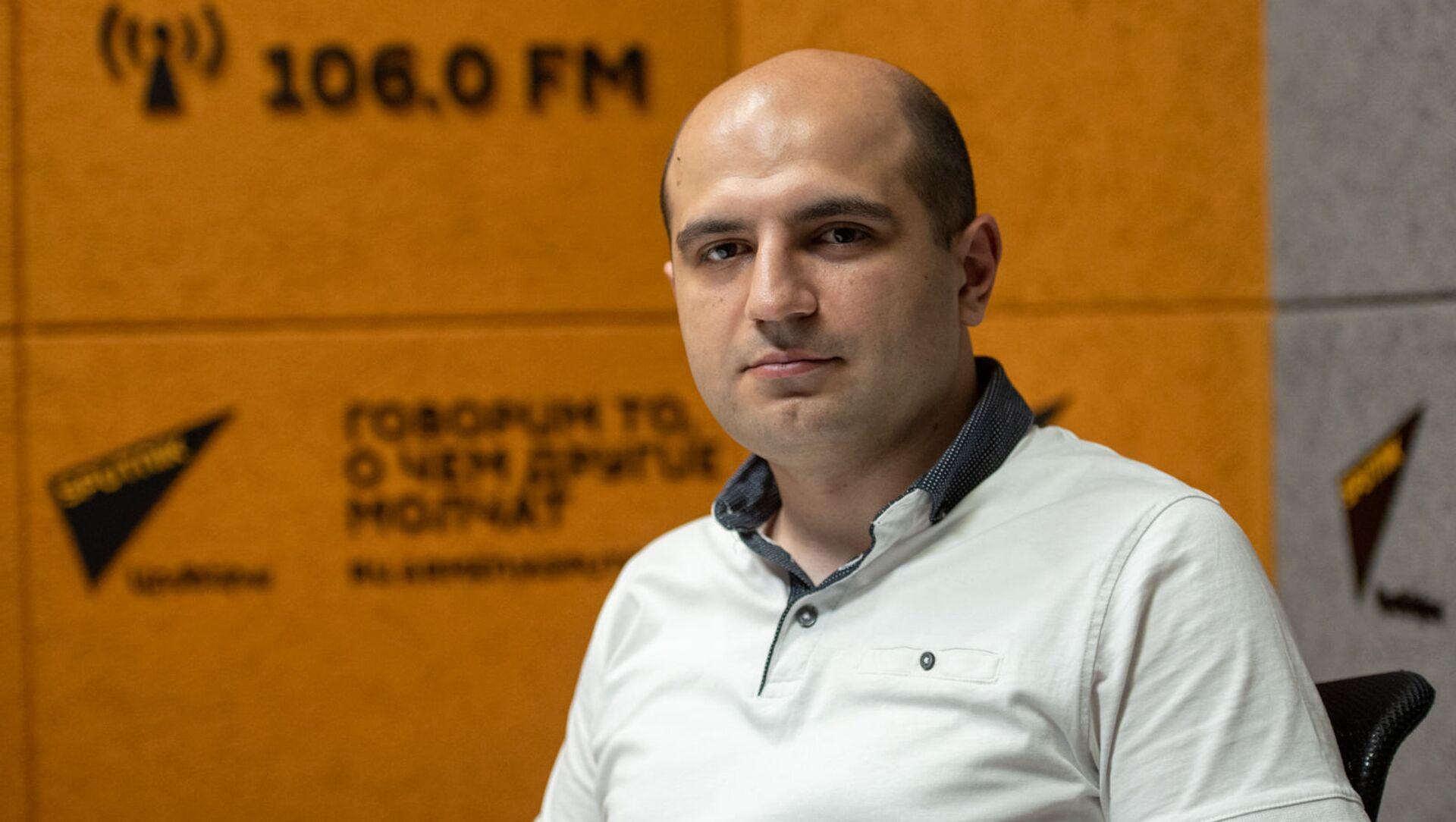 Политолог Норайр Дунамалян в гостях радио Sputnik - Sputnik Արմենիա, 1920, 12.08.2021