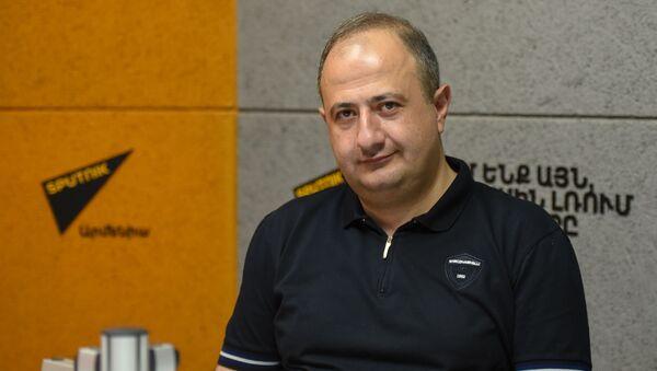 Рубен Мелконян в гостях радио Sputnik - Sputnik Արմենիա