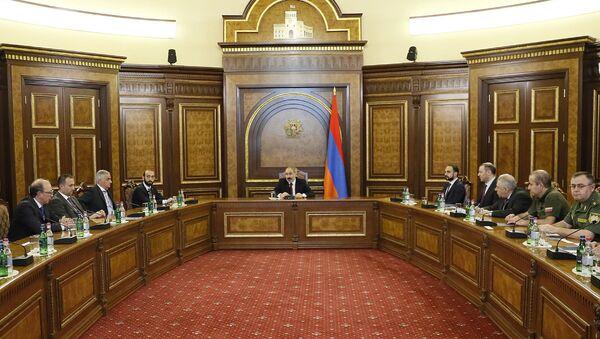 Заседание Совета безопасности под председательством и.о. премьер-министра Никола Пашиняна - Sputnik Արմենիա