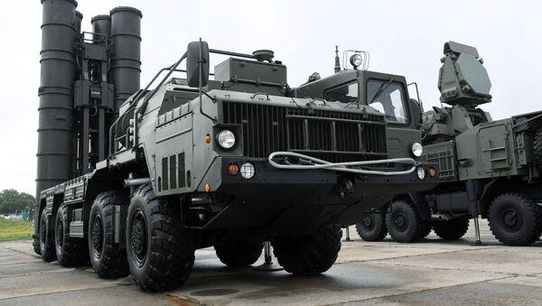 Пусковая установка зенитно-ракетного комплекса С-400 Триумф - Sputnik Армения