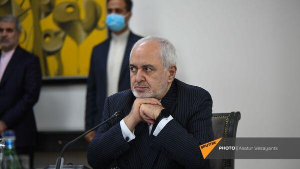 Министр иностранных дел Ирана Джавад Зариф в Ереване с официальным визитом 26 мая 2021 года  - Sputnik Армения