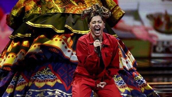 Россиянка Манижа выступает во время финала 65-го конкурса Евровидение-2021 - Sputnik Армения