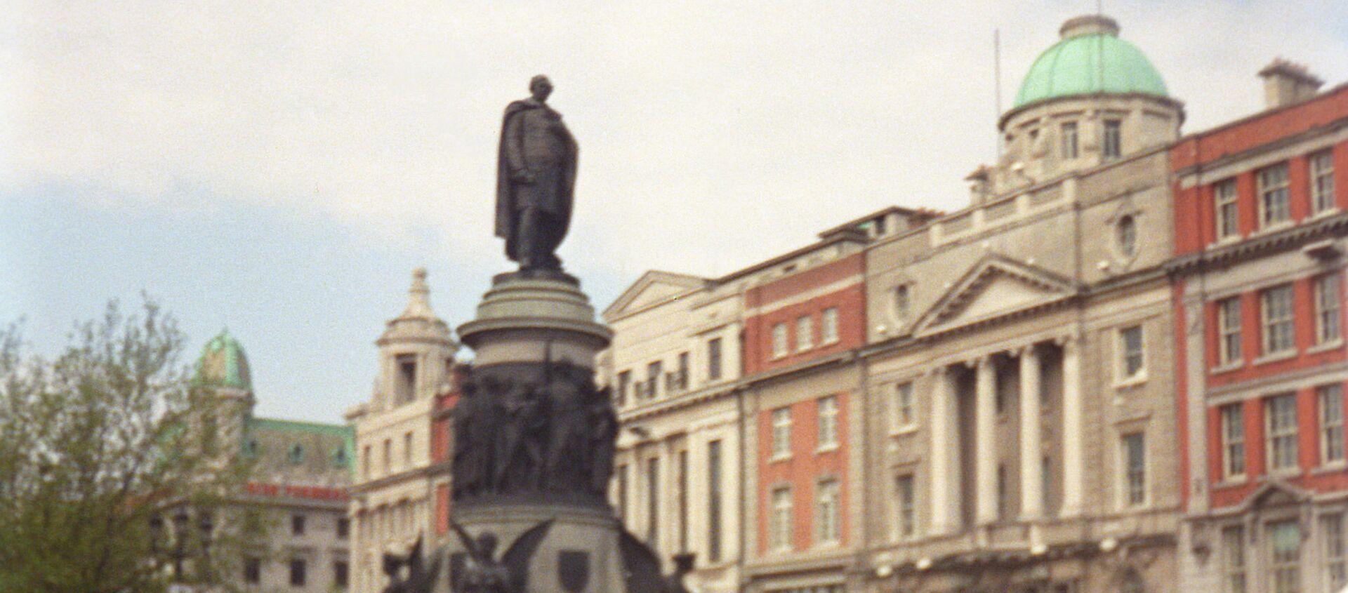 Памятник ирландскому политику Дэниелу О'Коннеллу работы скульпторов Джона Генри Фоли и Томаса Брока, открытый в Дублине в 1882 году. - Sputnik Армения, 1920, 19.07.2021