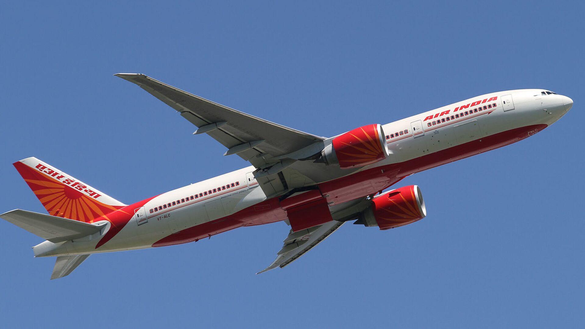 Самолет Boeing B777 авиакомпании Air India - Sputnik Армения, 1920, 22.09.2021
