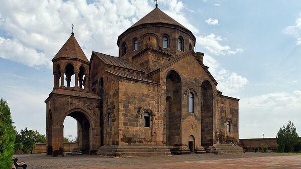 Церковь Святой Рипсиме в Эчмиадзине - Sputnik Армения
