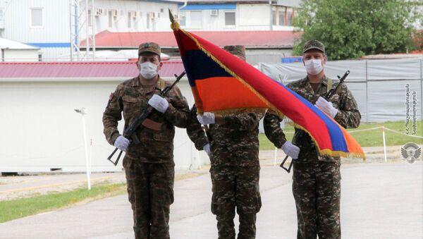 Армянские миротворцы в Косово организовали торжественное мероприятие по случаю Дня Республики - Sputnik Армения