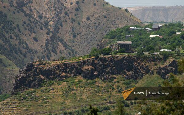 Գառնու տաճարը Խոսրովի արգելոցից - Sputnik Արմենիա