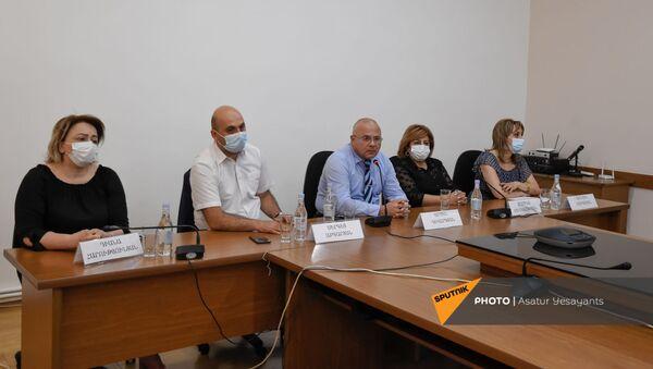 Пресс-конференция в Судебно-мединском научно-практическом центре - Sputnik Արմենիա