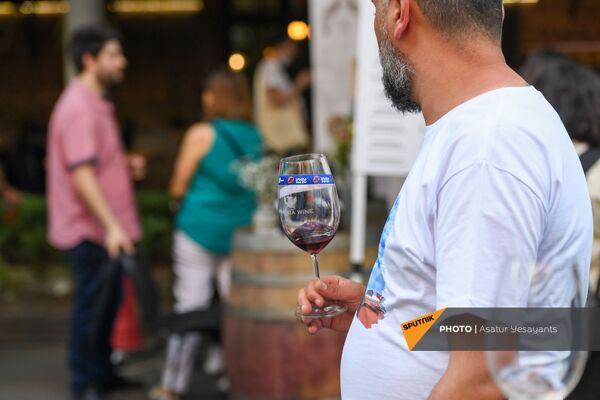 Գինեխմություն` Երևանում - Sputnik Արմենիա
