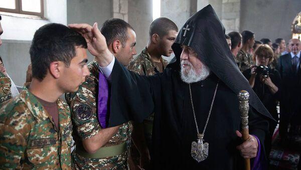 Визит Католикоса Гарегина Второго в Карабах - Sputnik Արմենիա
