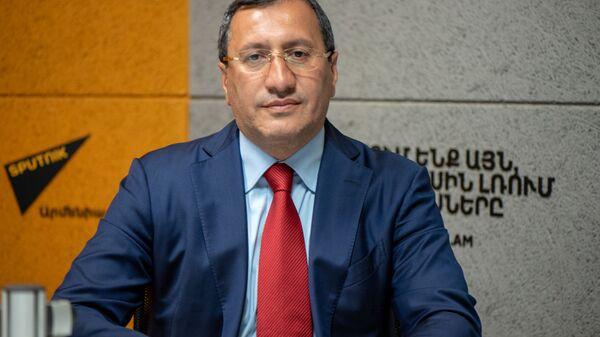 Тигран Арзаканцян в гостях радио Sputnik - Sputnik Армения