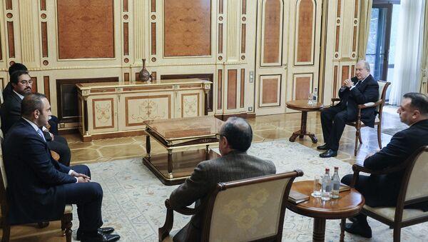 Президент Армен Саркисян принял представителей компании Масдар - Sputnik Արմենիա