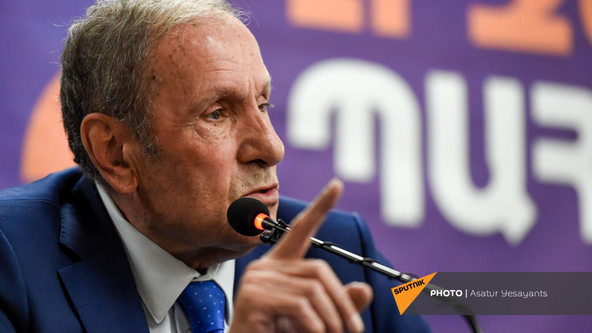 Пресс-конференция лидера Армянского национального Конгресса Левона Тер-Петросяна (10 июня 2021). Еревaн - Sputnik Армения, 1920, 27.09.2021