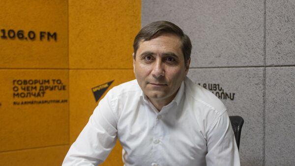 Секретарь фракции Процветающая Армения Арман Абовян в гостях радио Sputnik - Sputnik Армения