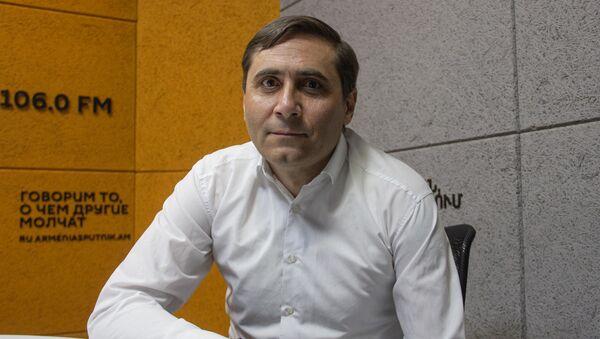 Секретарь фракции Процветающая Армения Арман Абовян в гостях радио Sputnik - Sputnik Արմենիա