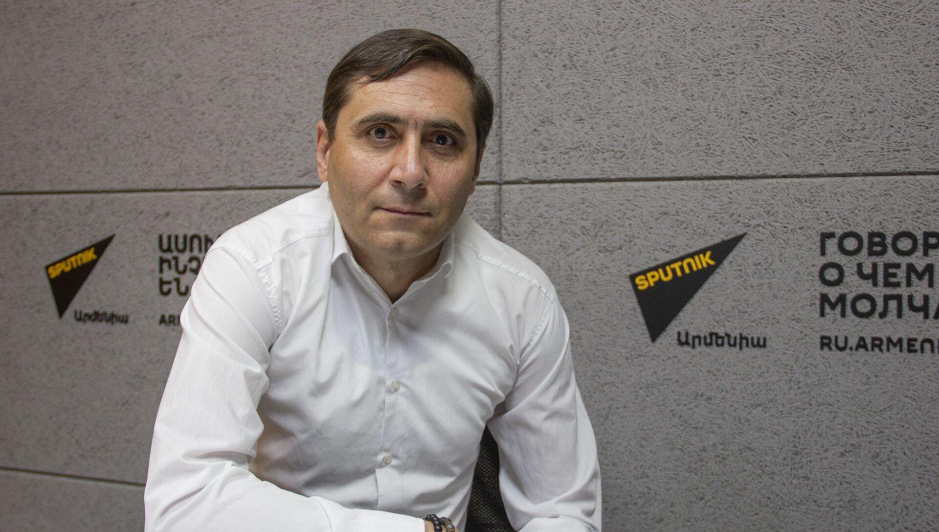 Секретарь фракции Процветающая Армения Арман Абовян в гостях радио Sputnik - Sputnik Արմենիա, 1920, 21.06.2021