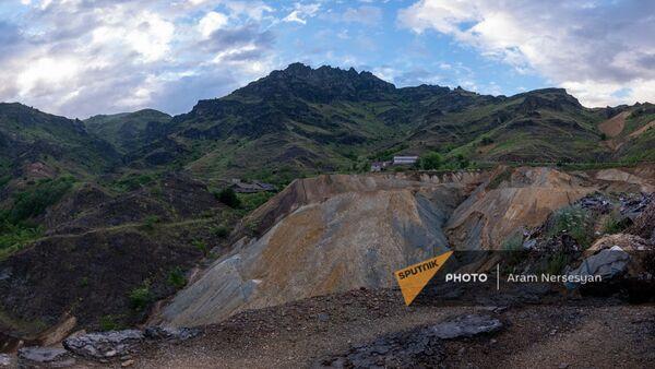 Отходы меднохимического комбината недалеко от Алаверди - Sputnik Արմենիա