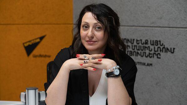 Специалист по российскому рынку розничной торговли Анна Беклярова в гостях Sputnik Армения - Sputnik Армения