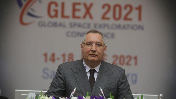 Гендиректор корпорации «Роскосмос»  Дмитрий Рогозин на международной конференции The Global Space Exploration Conference 2021 (GLEX) в Санкт-Петербурге - Sputnik Արմենիա